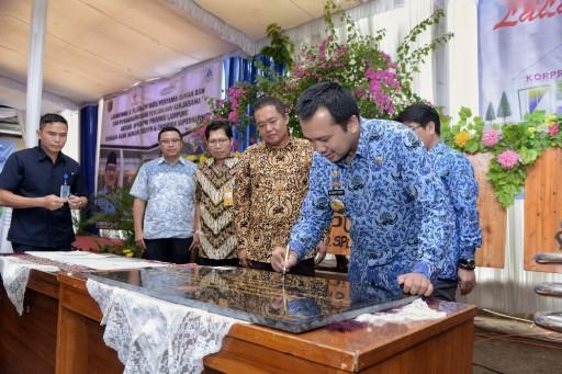 Gubernur M. Ridho Ficardo Resmikan Pembangunan Perumahan ...